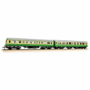 Bachmann 39-005 BR Mk2A TSO and Class 101 DTCL 'Highlander' Cream and Green