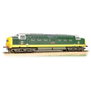 Bachmann 32-533 Class 55 D9001 'St. Paddy' BR Two-Tone Green with Full Yellow Ends