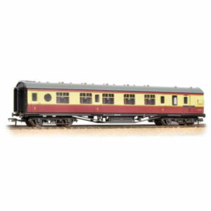 Bachmann 39-470 Ex-LMS 60 ft Porthole Corridor Brake First BR Crimson and Cream