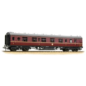 Bachmann 39-471 Ex-LMS 60 ft Porthole Corridor Brake First BR Maroon