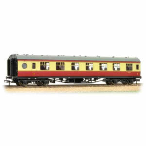 Bachmann 39-475 Ex-LMS 60 ft Porthole Open Vestibule BR Crimson and Cream