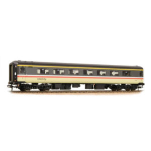 Bachmann 39-652DC BR Mk2F FO First Open BR InterCity DCC Fitted