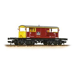 Bachmann 33-832 25T Queen Mary Brake Van EWS