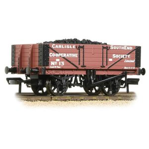 Bachmann 37-073 5 Plank Wagon Wooden Floor Carlisle Co-Op with Load