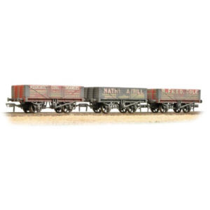 Bachmann 37-097 5 Plank Wagon Coal Trader Triple Pack Weathered