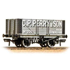 Bachmann 37-117 7 Plank Fixed End Wagon C.P. Perry