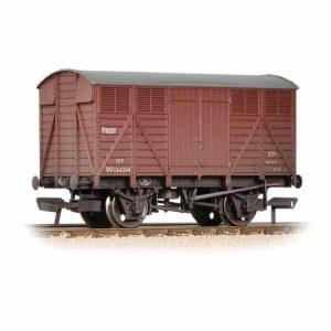 Bachmann 37-754D 12T GWR Fruit Van BR Bauxite Early Weathered