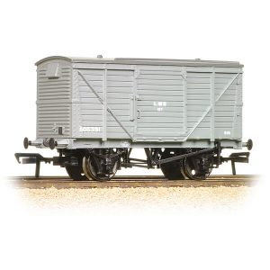 Bachmann 37-803B 12T Planked Ventilated Van LMS Grey