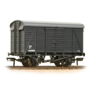 Bachmann 38-083A 12T Southern 2+2 Planked Ventilated Van GWR Grey