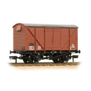 Bachmann 38-171D 12T BR Plywood Ventilated Van BR Bauxite Late