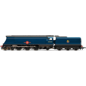 Hornby R3632 Merchant Navy Class 35024 'East Asiatic Company' BR Express Blue with Early Crest