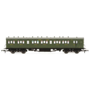 Hornby R4718A 58′ Maunsell Rebuilt Six Compartment Brake Third SR Olive Green
