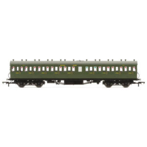 Hornby R4720A 58′ Maunsell Rebuilt Nine Compartment Third SR Olive Green