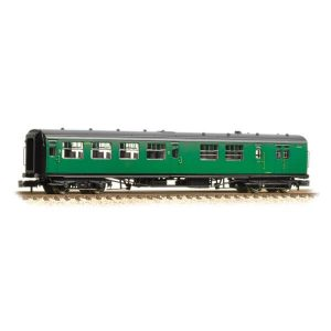 Graham Farish 374-432A Bulleid Brake Third Corridor Open BR (SR) Green