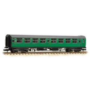 Graham Farish 374-442 Bulleid Corridor Third BR (SR) Green