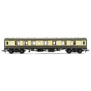 Hornby R4353 BR Mk1 CK Corridor Composite BR Chocolate and Cream RailRoad Range