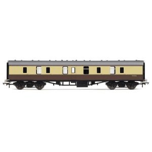 Hornby R4626 BR Mk1 Parcels Coach BR Chocolate and Cream RailRoad Range