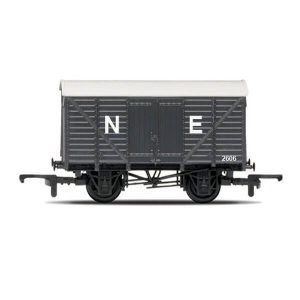 Hornby R6422 12T Box Van North Eastern Grey RailRoad Range