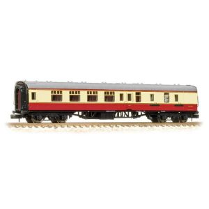 Graham Farish 374-185C BR Mk1 BSK Brake Second Corridor BR Crimson and Cream
