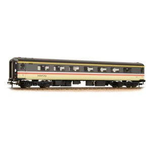 Graham Farish 374-762 BR Mk2F FO First Open BR InterCity