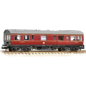 Graham Farish 374-875 LMS 50ft. Inspection Coach LMS Lined Crimson Lake