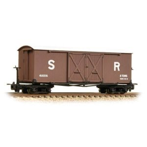 Bachmann 393-028 Covered Goods Wagon SR Brown