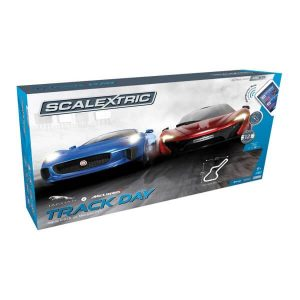 Scalextric C1358 Arc Air Track Day Set Jaguar C-X75 vs McLaren P1