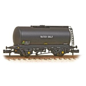 Graham Farish 373-781 45T TTA Tank Wagon Weed Killing Train