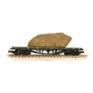 Graham Farish 373-928 30T Bogie Bolster Wagon WD WWI Khaki With Sheeted Tank Load
