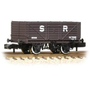 Graham Farish 377-089 7 Plank Wagon End Door SR Brown