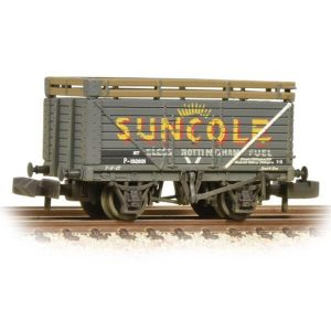 Graham Farish 377-206A 8 Plank Coke Rails Suncole Weathered