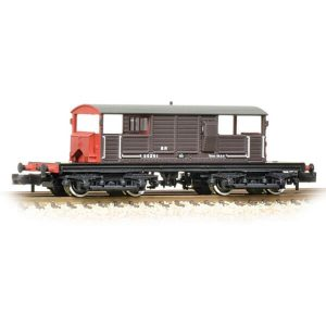 Graham Farish 377-875 Queen Mary Brake Van SR Brown Small Letters