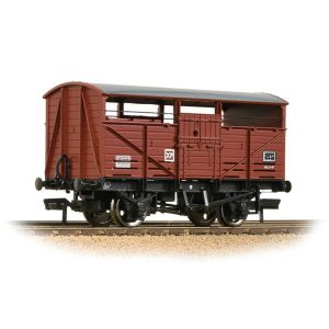 Bachmann 37-712D 8T Cattle Wagon BR Bauxite Late
