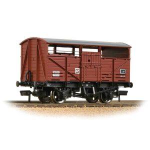 Bachmann 37-712D 8T Cattle Wagon BR Bauxite Late