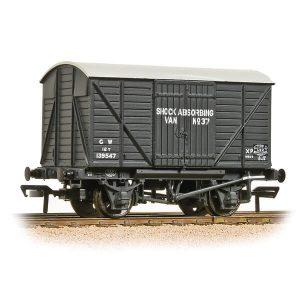 Bachmann 37-904A GWR 12T Shock Van Planked Ends GWR Grey