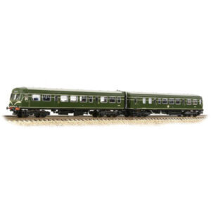 Graham Farish 371-508 Class 101 2 Car DMU BR Green with Speed Whiskers