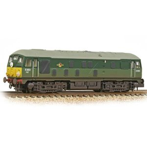 Graham Farish 372-979A Class 24 D5053 BR Two-Tone Green with Small Yellow Panel Weathered