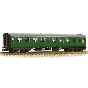 Graham Farish 374-011C BR Mk1 TSO Tourist Second Open BR Green (SR)
