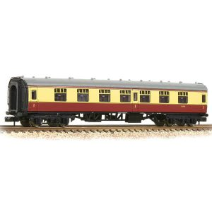 Graham Farish 374-160A BR Mk1 FK First Class Corridor BR Crimson and Cream