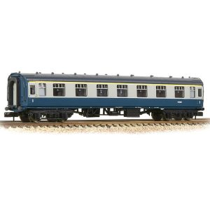 Graham Farish 374-164A BR Mk1 FK First Class Corridor BR Blue and Grey Motorail