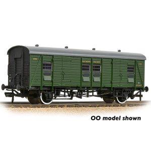 Graham Farish 374-418 Southern PLV Passenger Luggage Van SR Maunsell Green