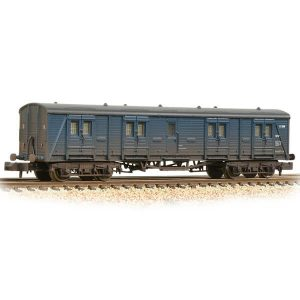 Graham Farish 374-632A Ex-Southern Bogie B Luggage Van BR Blue Weathered