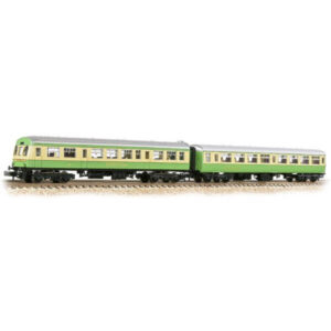 Graham Farish 374-995 BR Mk2 TSO and Class 101 DTCL BR Highland Green and Cream