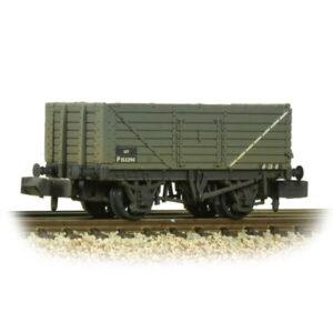 Graham Farish 377-078C 7 Plank Wagon End Door BR Grey Weathered