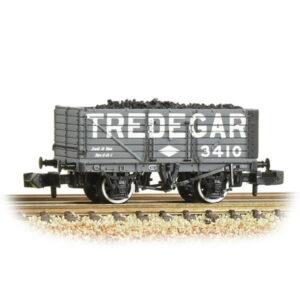 Graham Farish 377-093 7 Plank Wagon End Door Tredegar Grey with load