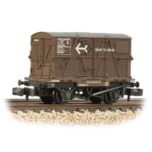 Graham Farish 377-331 Conflat Wagon BR Bauxite Early with Door to Door BD Container Weathered