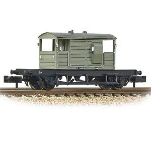 Graham Farish 377-852A 25T SR Pill Box Brake Van with Right-Hand Duckets BR Grey Early