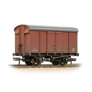 Bachmann 38-077 12T Southern Plywood Ventilated Van BR Bauxite Late Weathered
