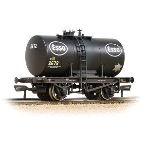 Bachmann 38-777A 20T Class B Anchor-Mounted Tank Wagon Esso Black Weathered