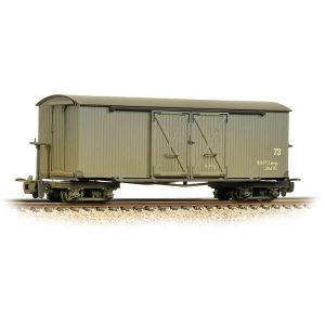 Bachmann 393-026A Covered Goods Wagon Nocton Estates Weathered